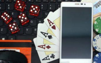 telephone cartes dés jetons clavier